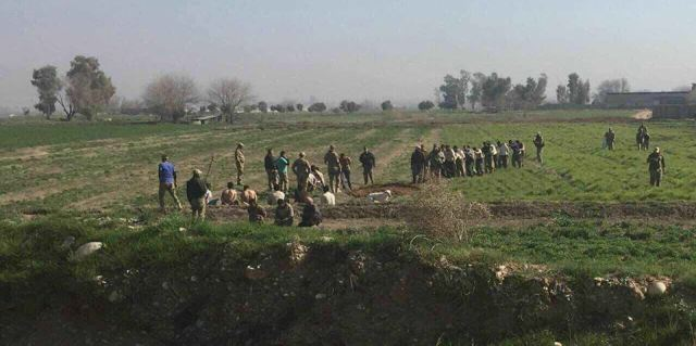 Queues of Daesh terrorist surrendered to security forces Baghazlana