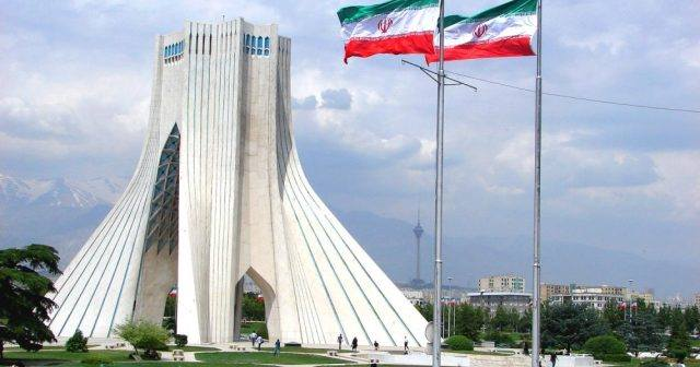 Iran is considering deleting 4 zeros from its currency