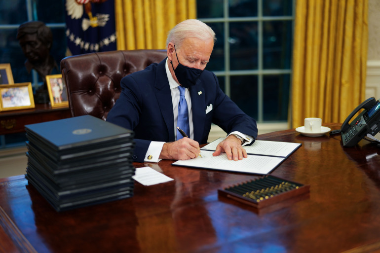 Biden extends the state of emergency in Iraq and Syria for another year